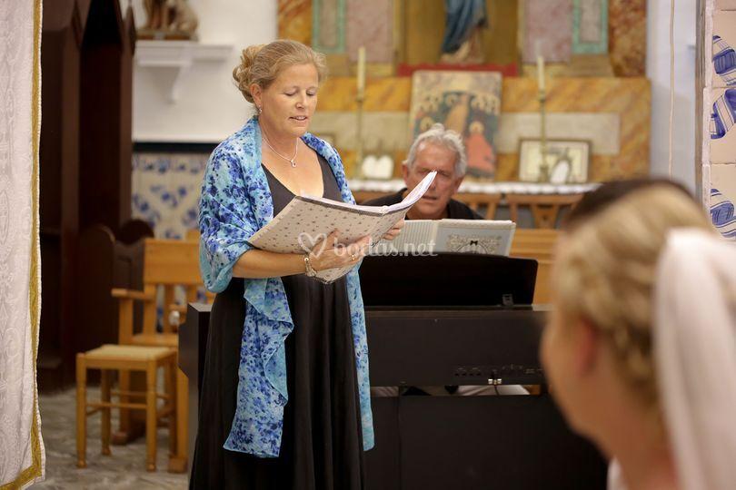 Soprano pianista boda