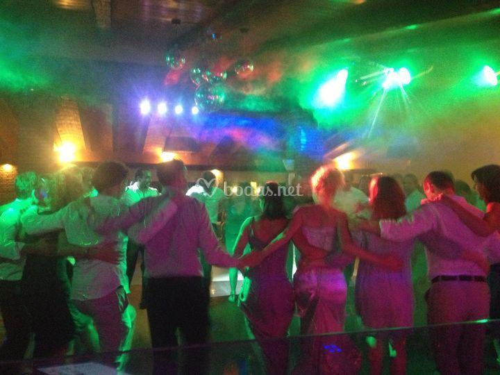 Baile final novios