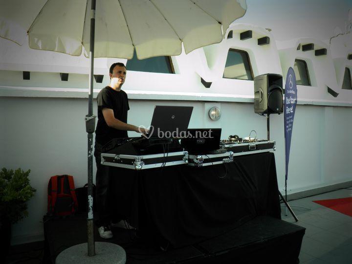 Cabina de DJ en La Cabane