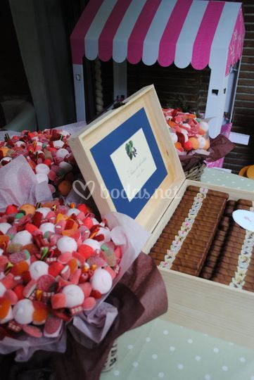 Flores,carritos de chuches