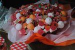 Flores botes y tarta para boda