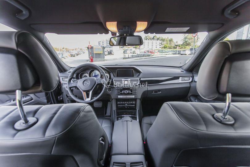 Interior E-350