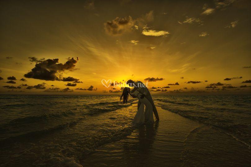 Atardecer maldivas