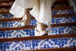 Novia bajando escaleras