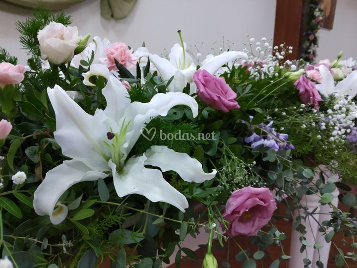 Friso de flores mesa
