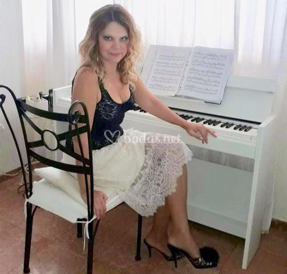Mi piano blanco.