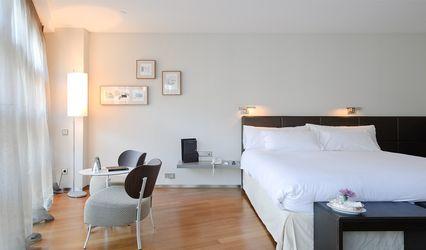 Hotel Reina Petronila 2