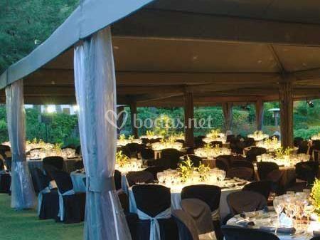 Montaje de Banquete en carpa
