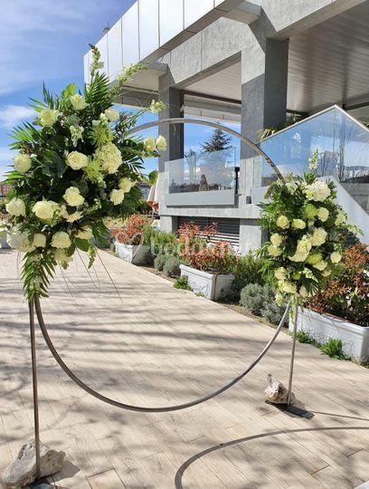 Aro floral para la ceremonia civil