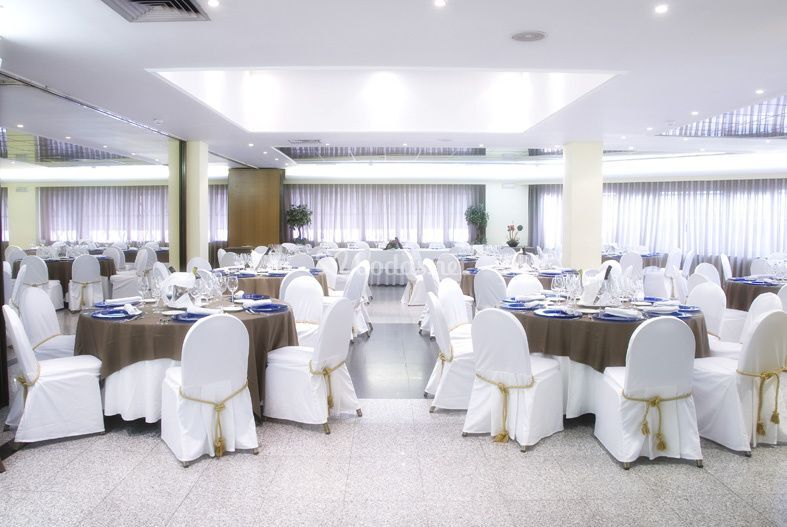 Salón bodas parquesur 4*