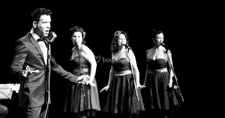 Crooner y Beluin Sisters