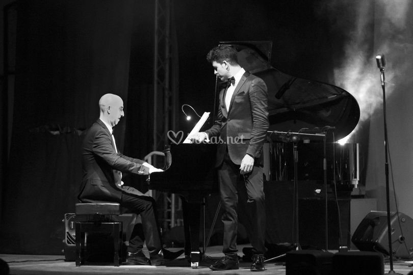 Crooner y piano