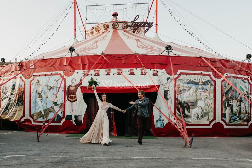 Boda en el circo