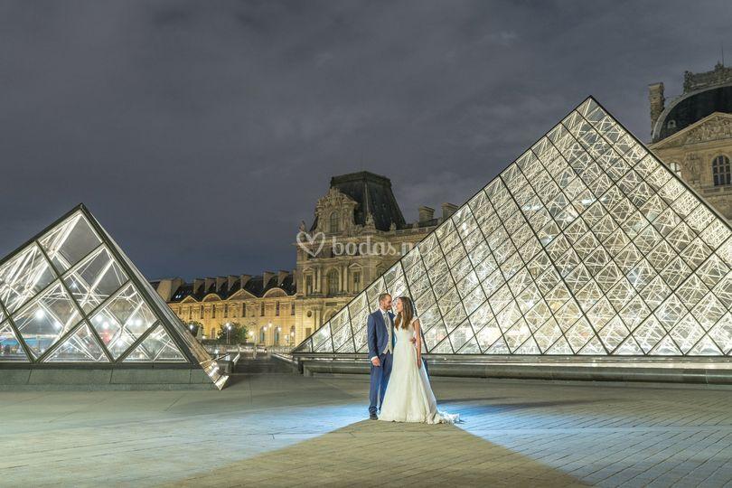 Salomé y Javier Louvre (París)