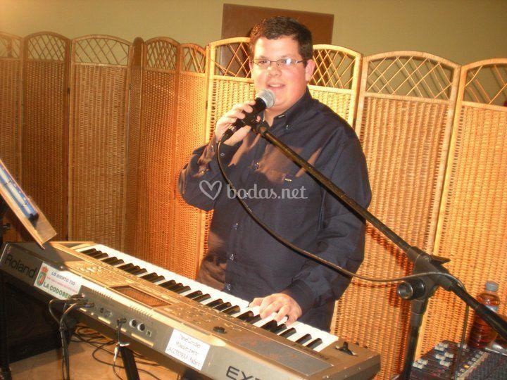 Daniel González de Daniel González  ·Música en Directo·