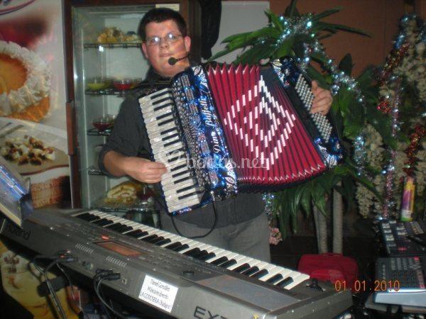 Música La Cadosera