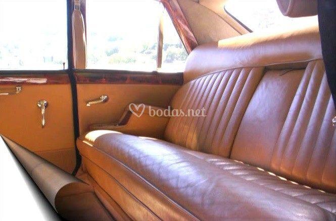 Interior Daimler Limusina 1973