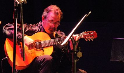 Armando J. López 1