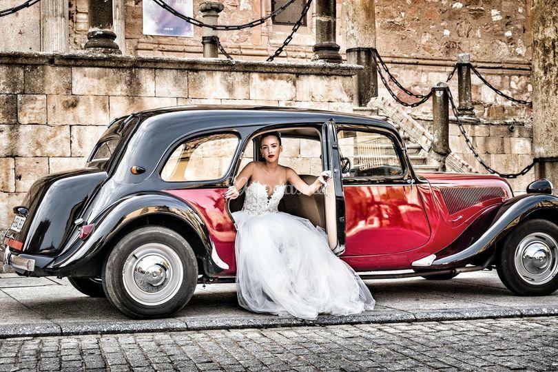 Citroën 11C y la novia