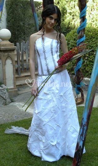 Vestidos de novia en lino de Els vestits de la Mont | Foto 5