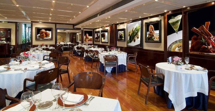 Salon de Restaurante Túbal