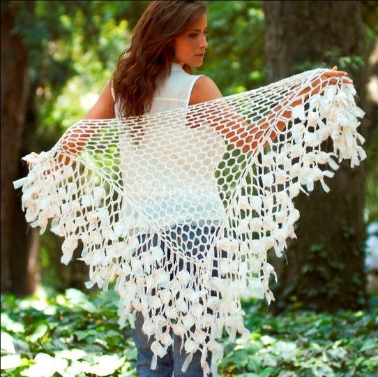 Chal Crochet algodón con flores en gasa