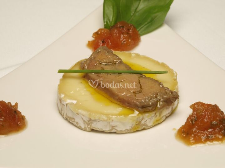 Camembert con foie