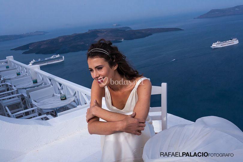 Novia en Santorini