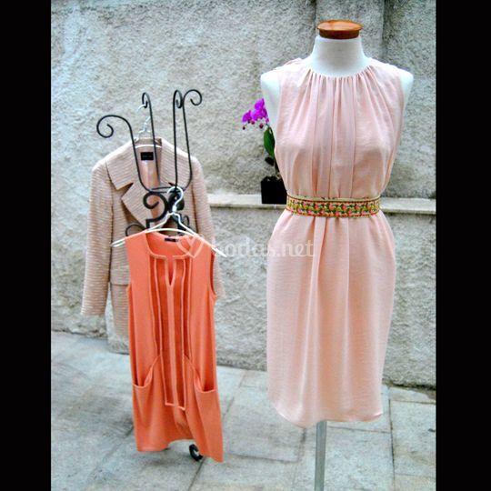 Vestido vaporoso rosa palo