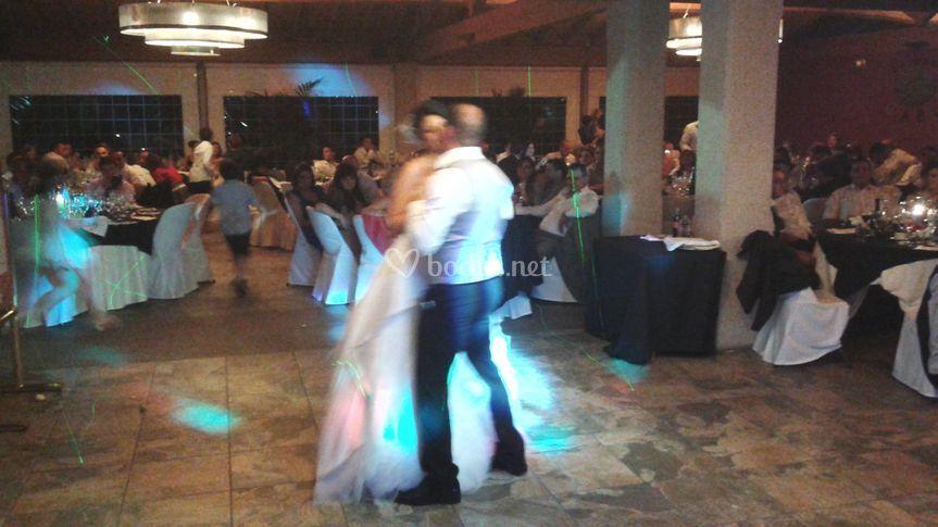 Baile novios personalizado