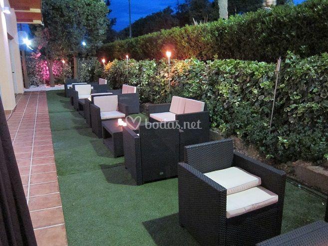 Villa delia grupo ncora for Jardines tivoli zona 9