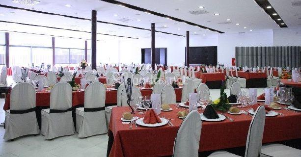 Mesas Decoradas De Restaurante Las Brujas Foto 3