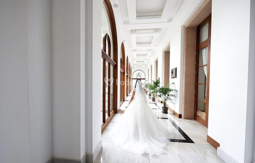 La novia en el hotel