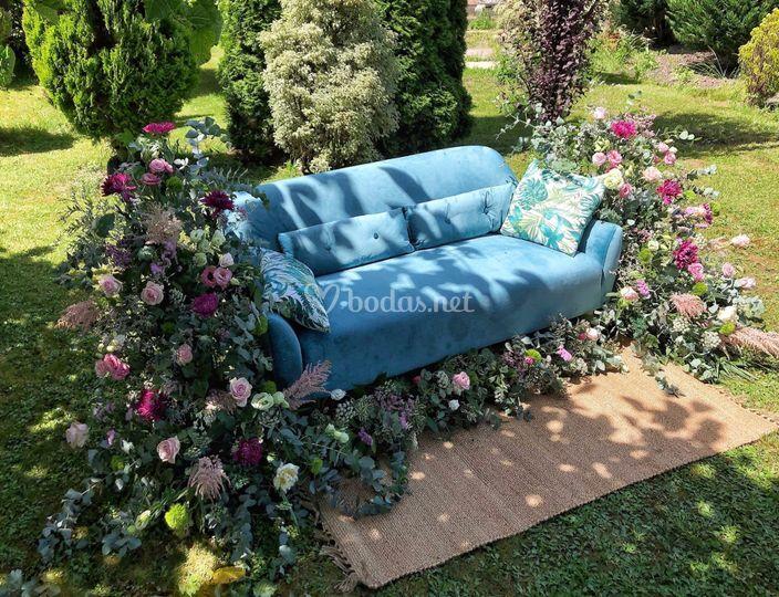 Decoración de sofá de terciopelo