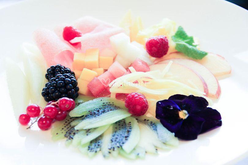 Ensala de frutas naturales