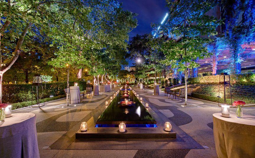 Jardín de los Espejos cóctel de Hotel Villa Magna