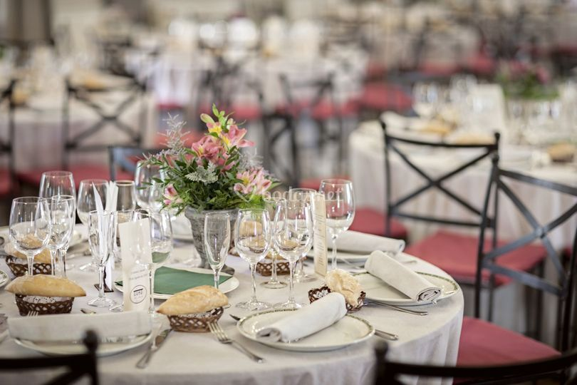 Restaurante hotel villa marcilla for Centros de mesa para restaurantes