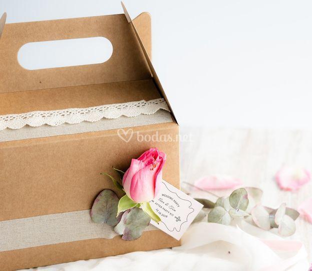 Caja decorada para bodas