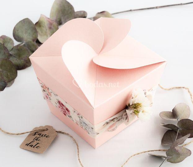 Caja regalo cremas y otros