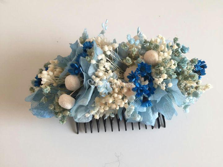 Tocado de novia en tonos azule