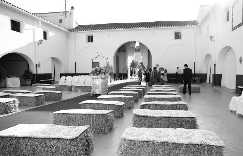 Ceremonia civil en patio