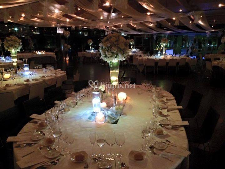 Mesas iluminadas de Flors Deli