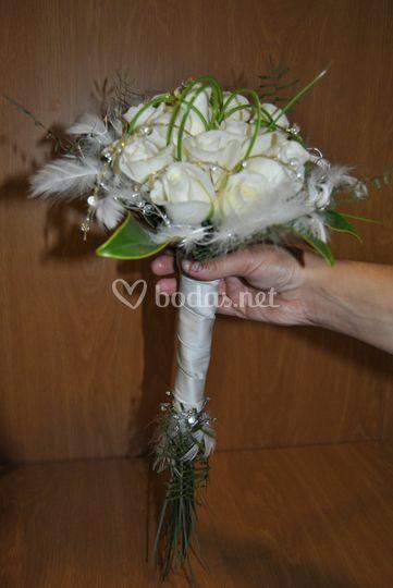 Ramo novia con rosas