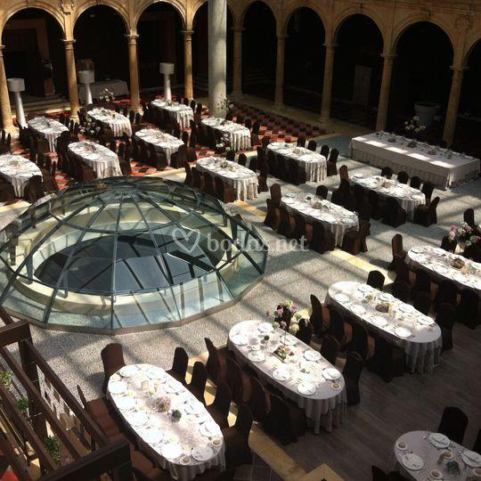 Banquete en Patio Renacentista