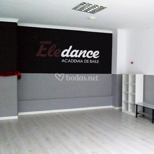 2 salas de 70 m2 climatizadas