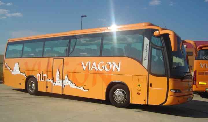 Autobuses de 16 a 70 plazas