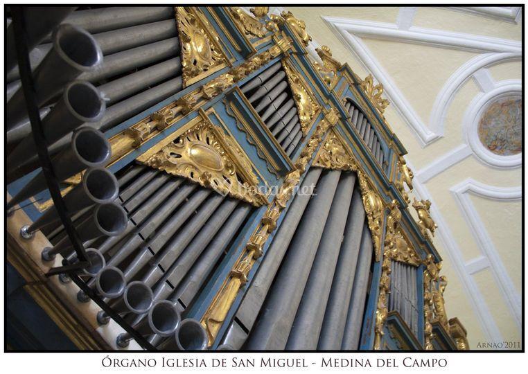 Órgano de San Miguel (Medina del Campo, Valladolid)