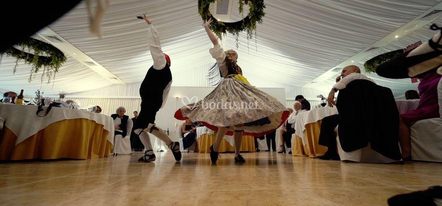 Virtuosos de la danza