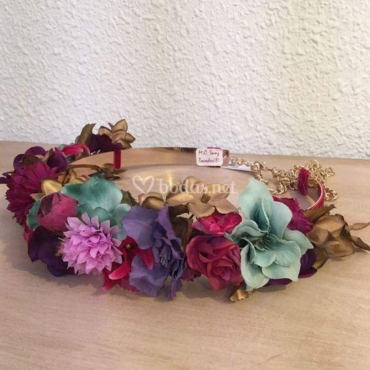 Cinturón de flores rígido