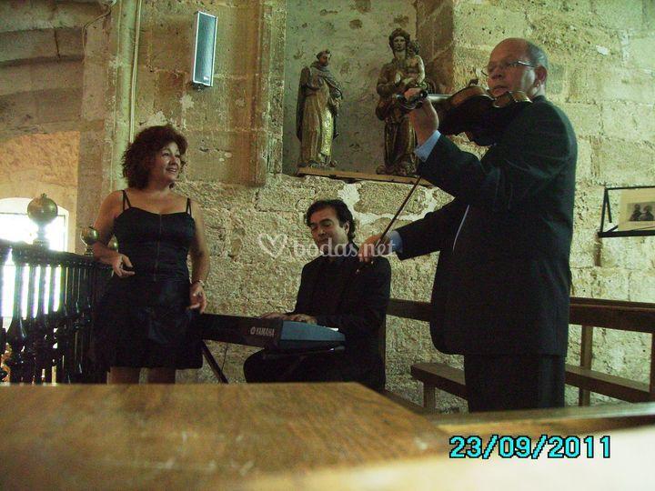 Sorano, Pianista y Violinista. Misa Mayor
